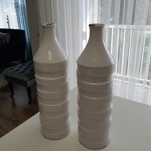 Other - 2 white vases